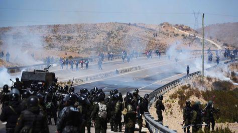 enfrentamientos-policias-cooperativistas-localidad-panduro_lrzima20160824_0016_3
