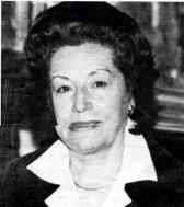 Amalia Dávila de Gallardo fundadora de la Cinemateca a nombre del C.O.C. y Presidenta de la Fundación