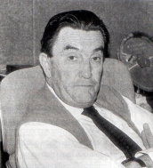 Mario Mercado, fundador de la Cinemateca, a nombre de la H.A.M. de La Paz y primer presidente de la Fundación