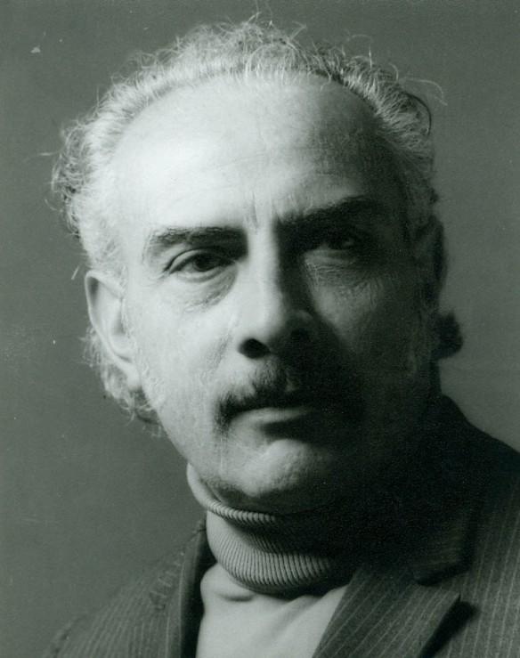 Óscar Soria Gamarra, el gran guionista del cine boliviano. Fue miembro de la Fundación y del directorio de la Cinemateca. Fue el primer presidente del Conacine