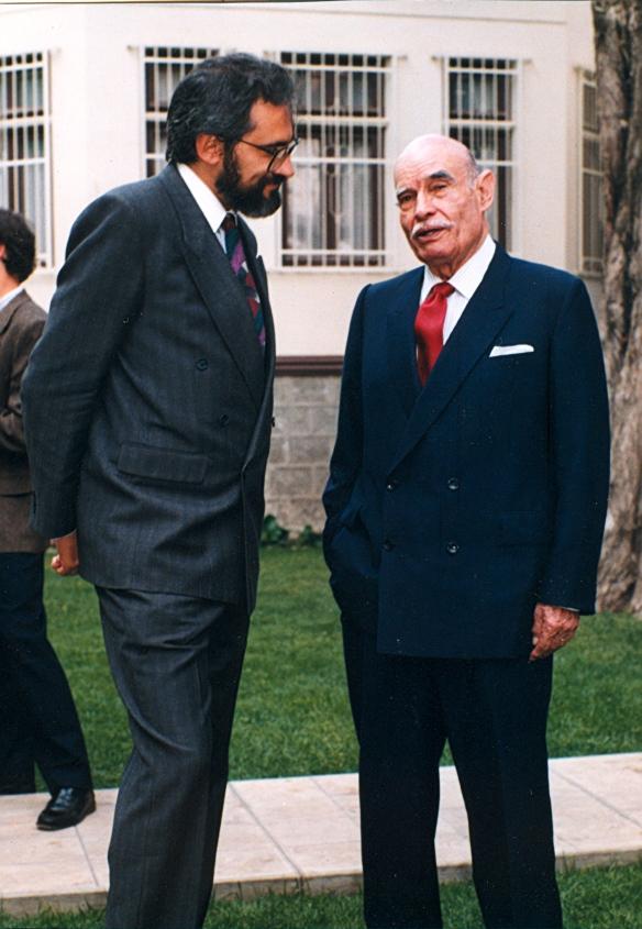 Walter Guevara Arze (1979)