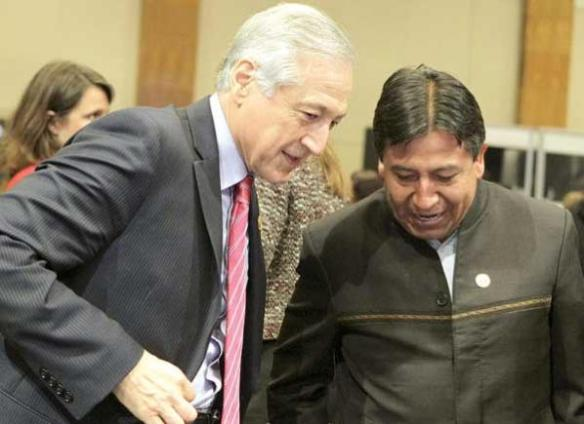 Ministros de Relaciones Exteriores de Chile, Heraldo Muñoz, y de Bolivia, David Choquehuanca.