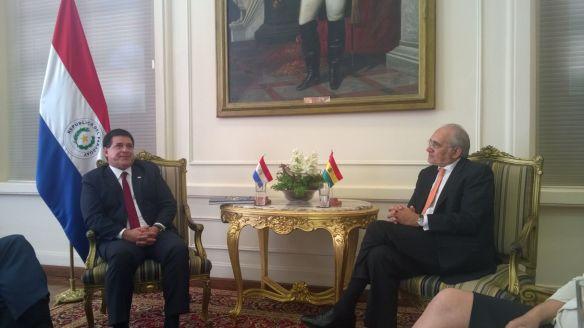 En Asunción con el Presidente del Paraguay Horacio Cartes (29/10/2014)