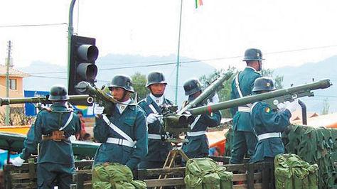 Demostracion-participa-armamento-Ejercito-HN-5_LRZIMA20101203_0003_3
